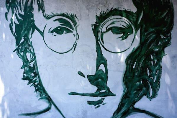 John Lennon - The Beatles Forum And Cavern Club